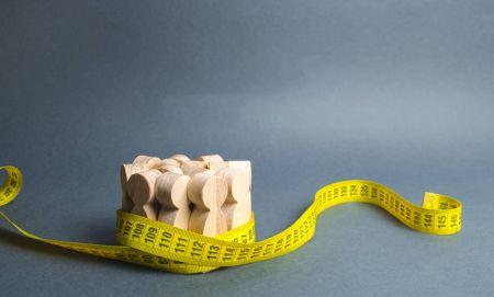 Lebih baik daripada purata bergerak yang anda tahu. Bagaimana menggunakan McGinley Dynamic on ExpertOption?